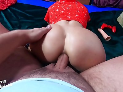 Lover Masturbate Anal MILF during She Play FIFA, Deepthroat and Hard Ass Fuck POV