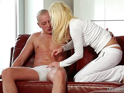 Czech Stunning Cheating Milf
