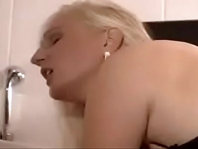 Stepmomxxxx.com-Surprize in Bathroom - Son and His Mom